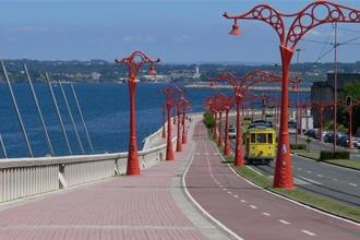 longest seaside promenade in europa, la coruna